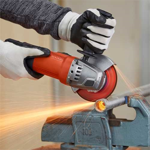 Black and Decker - 750W Haakse slijper 115mm - BEG110